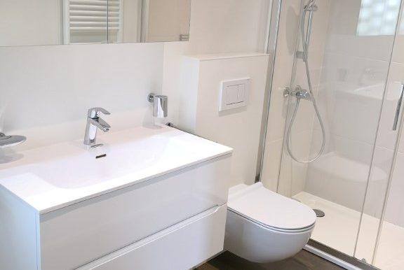 Bagno con doccia, nella camera padronale