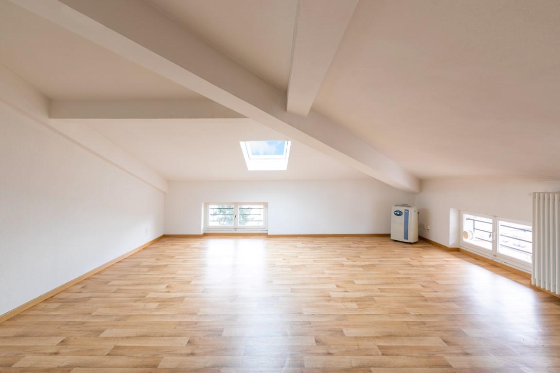 Appartamento mansardato in centro Lugano di 2.5 locali