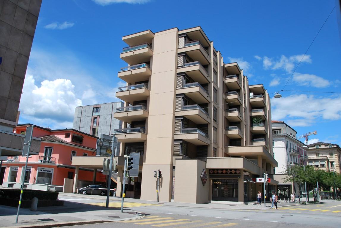 Affittasi appartamento ristrutturato in centro Lugano di 4.5 locali